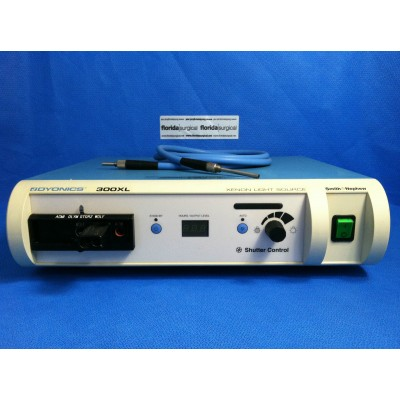 Smith & Nephew 300 XL Xenon Light Source with Fiber Optic Cable